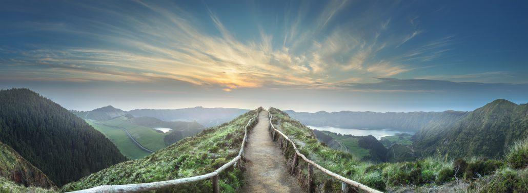 The Safe Road to SD-WAN Runs Through Hybrid WAN Architecture